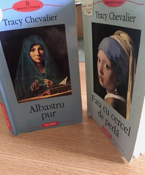 """Duelul cărților: """"Albastru pur"""" vs. """"Fata cu cercel de perlă"""""""