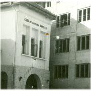 Știai că lângă blocul glisant nr. 1 de pe strada Aleea Parcului a funcționat cândva Casa de Cultură din Onești?